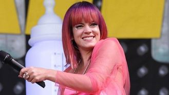 Lily Allen defended in Twitter row