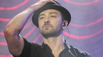 Timberlake wows V Festival crowd