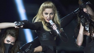 Madonna weeps on stage in Berlin