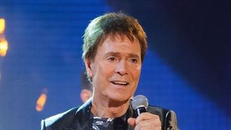 Sir Cliff to play free solo gig