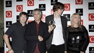 Sonic Youth guitar stolen at gig