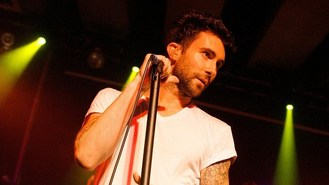 Adam Levine: Going solo isn't cool