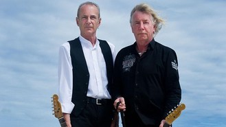 Quo rockin' all over the screens