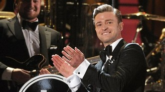 Timberlake wows with Grammy return