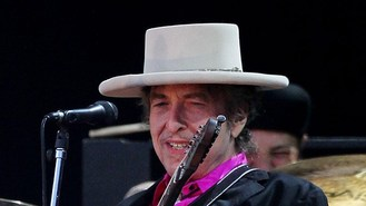 Bob Dylan charged over interview