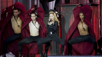 Madonna dares to bare on UK return