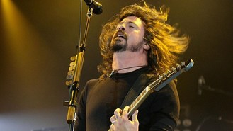Grohl tears after meeting Rush hero