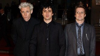 Green Day to resume tour in 2013