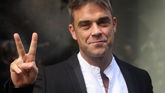 Robbie launches new clothing range