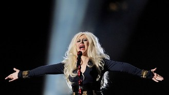 Aguilera joins Christmas album