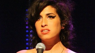 Amy Winehouse 'bored with life'