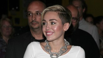 Miley Cyrus set for chart glory