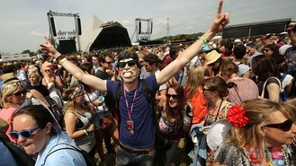 Festival fans got moves like Jagger