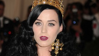 Katy Perry gives iTunes roaring end