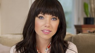 Carly Rae Jepsen heads to Broadway