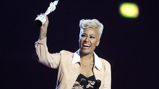 Sande: Shows need more songwriting