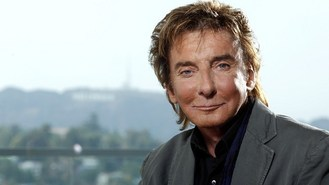 Barry Manilow to play Broadway