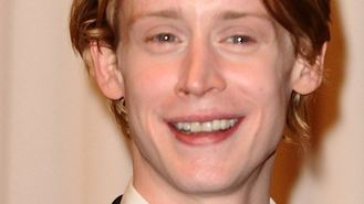 Macaulay Culkin booed off stage