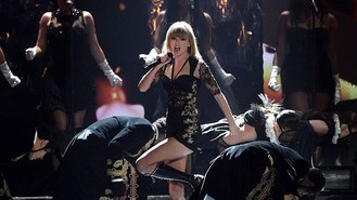 Swift set for Billboard Awards