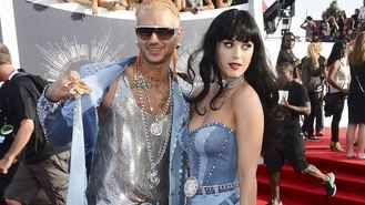 Katy Perry channels Britney at VMAs