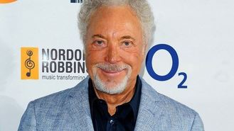 Tom Jones mobbed with knickers