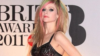 Avril's new man has in-law nerves