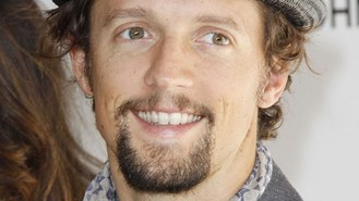 Jason Mraz to perform in Myanmar