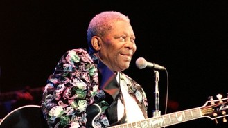 BB King apologises for concert