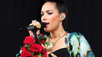 1D star Liam dating Leona Lewis?