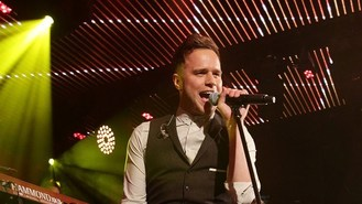 Olly secures fourth number one