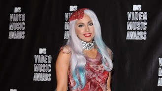 Gaga's meat dress heads to museum