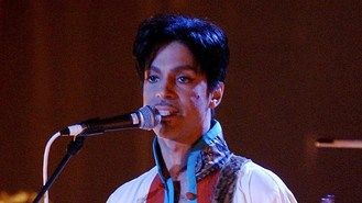 Prince secret gig electrifies fans