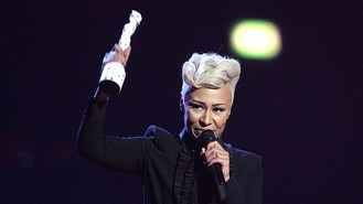 Emeli crowned queen of the Brits