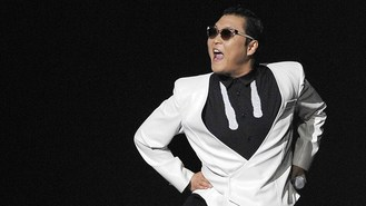 PSY sorry over anti-US comments