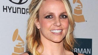 Britney father 'punched ex manager'