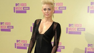 Miley Cyrus working on new album