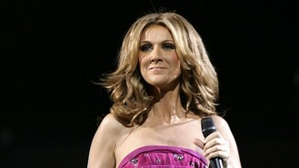 Celine Dion sings in Mandarin on TV