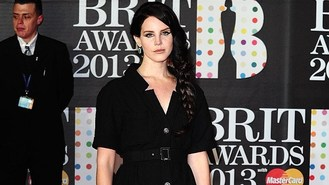 Lana Del Rey takes pop at Lady Gaga