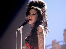 Amy Winehouse poisoned by alcohol