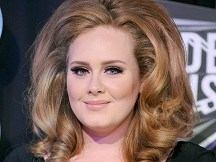 Adele struck down by Bieber fever