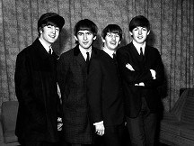 Beatles photographer Whitaker dies