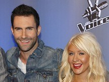 Aguilera joins Maroon 5 for single