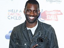 Wretch 32 storms to top of charts