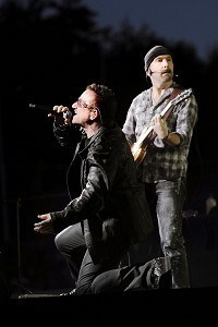 U2 beat Stones to tour world record