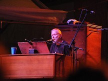 Ailing Gregg Allman cancels shows