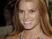 Jessica Simpson joins fashion show