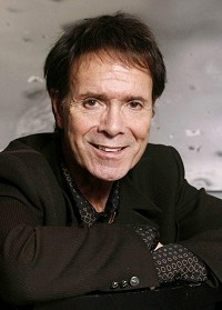 Sir Cliff to duet with soul stars
