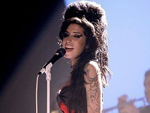 Winehouse album set to top chart