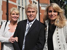 Fans 'misled' by Bucks Fizz act