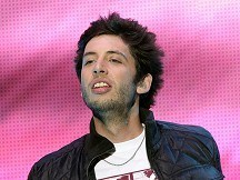 Example wins battle for number one